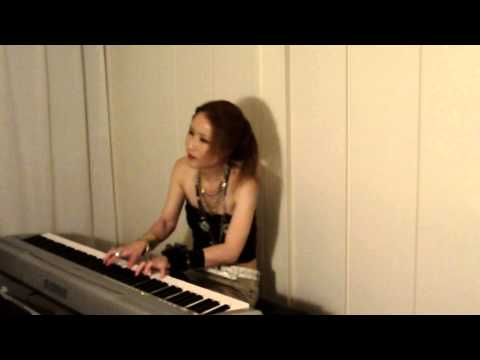 Piano+Vo.Cover: Une Derniere Semaine A New York by Patricia Kaas