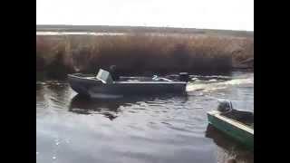 самодельная алюминиевая лодка плоскодонка.(Сделать своими руками клёпаную дюралевую лодку для рыбалки и охоты., 2014-05-26T17:39:58.000Z)