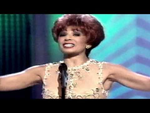 Shirley Bassey - I Was Born To Sing Forever / The Lady Is A Tramp (1996 TV Special)