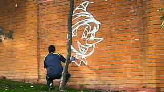 видео рисунки на заборе