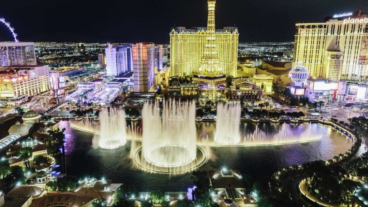 Fountains of bellagio water show in las vegas 05 22 2017 for Las vegas fountain