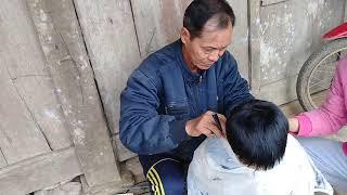 Cần lắm những tấm lòng  (BỐ KÊNH Cắt tóc thiện nguyên công cuộc vì sức khỏe trẻ em vùng cao)