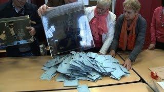 Dépouillement dans un bureau de vote de Forbach