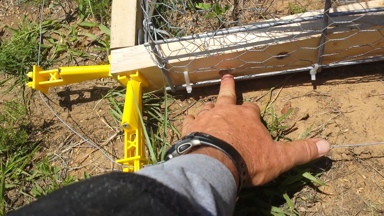 Quick cheap and easy wheels for a chicken tractor youtube for Cheap chicken tractor