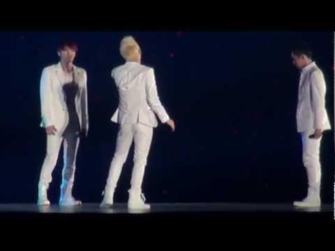 20130404 JYJ - RAINY BLUE in JYJ Tokyo Dome