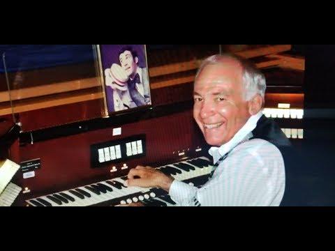 Hibbing High School Barton Organ with Entertainer Steve Johnson