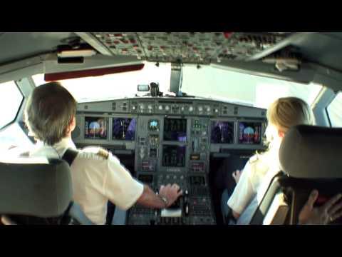 PilotsEYE.tv    -    München  -  SAN FRANCISCO  -  Airbus A340  -  Lufthansa  - in HD