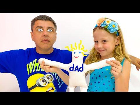 Настя и папа развлекаются с игрушками - самые популярные серии для детей