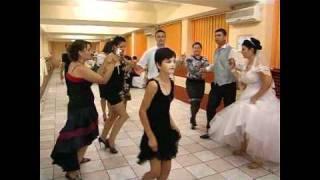 Repeat youtube video Nunta Lavi si Lau(Sanda Argint la nunta)
