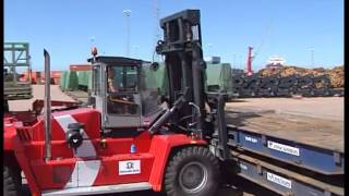 Kalmar machines at work in the Port of Halmstad, Sweden