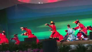 EXPO 2010 Shanghai Inner Mongolian Dancers.mov