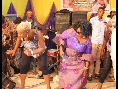 Saint Janet Sing & Dance Her Hearts Out As Taye Currency Storm In At Oluwakemi's Movie Premiere