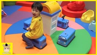 Tayo the little bus indoor playground learn colors for kids at kids cafe | MariAndKids Toys