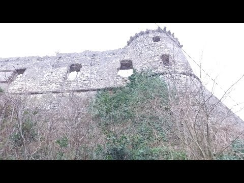 Ancient Exploring: Medieval Castle of Vairano Patenora, Italy Part 1