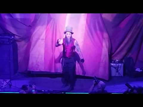 Hellzapoppin Circus SideShow - Live at the Summit Music Hall