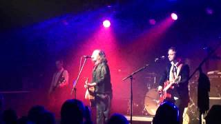 """The Wonder Stuff"" perform ""Don"