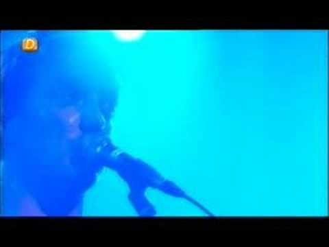 Queens Of the Stone Age - Broken Box (Live)