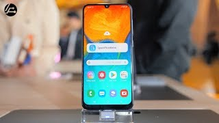 Samsung Galaxy A30 & A50 First Impressions: Crushing The Mid Range Market 🔥