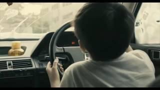 2013新加坡电影《爸妈不在家》中一场游戏一场梦配曲片段