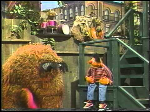 "Snuffy sings ""The Best Friend Blues"""