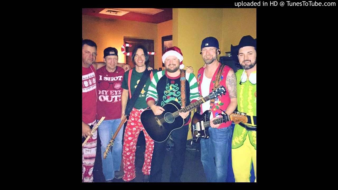 randy-rogers-band-please-come-home-for-christmas-brad-beheler