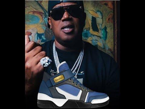 Moneyatti' shoe line