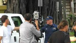 "Behind the scenes shot of Alex O'loughlin filming Hawaii Five-0, ""K..."