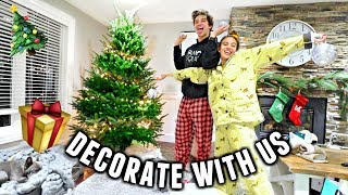 COUPLES DECORATE THE CHRISTMAS TREE! Getting Ready For Christmas!🎄 | Vlogmas Day 8