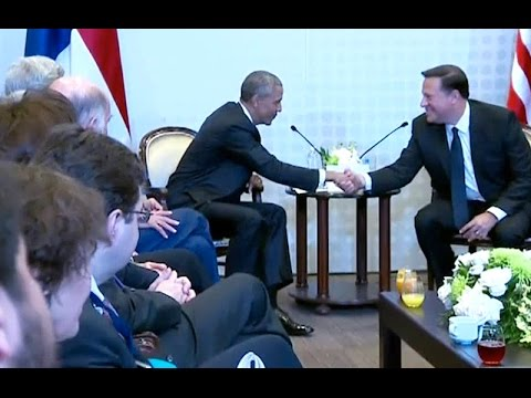 President Obama Meets with President Juan Carlos Varela