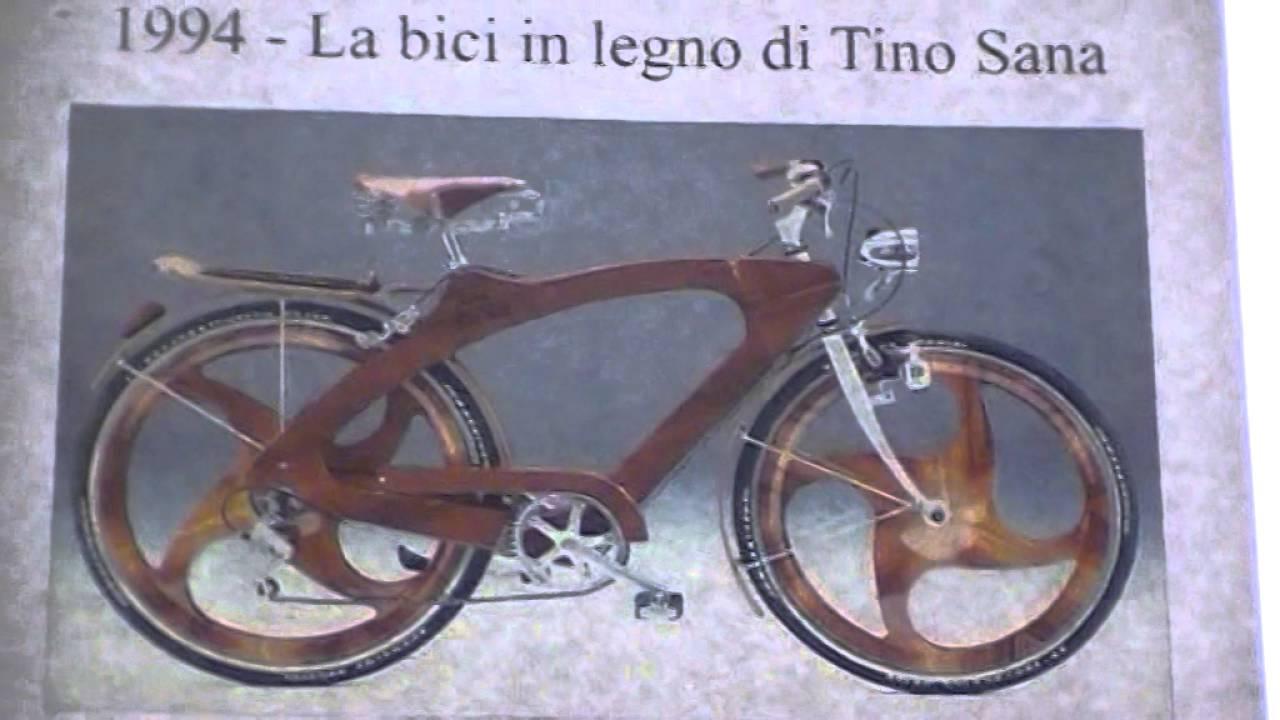 Bicicletta In Legno Esposta Attualmente Allhotel Palatino In Via Cavour Di Roma 29042016