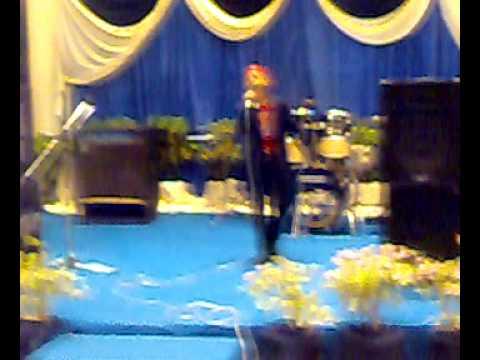 danial menyanyi di pertandingan karaoke pernama TLDM Lumut