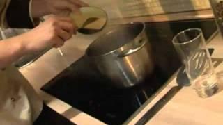 Кус-кус -- идеальное блюдо для женщин за 40. Видеорецепт