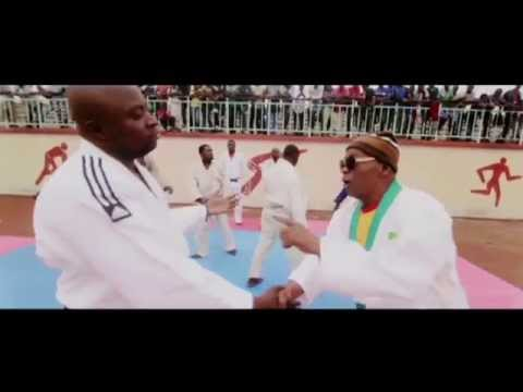 Youtube: ROGA ROGA feat CHAIRMAN – CONGOLAIS TIKA (CLIP OFFICIEL)