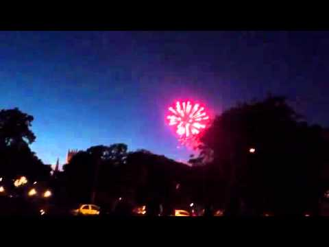 Evesham-river-festival-fireworks-display-2011.mp4