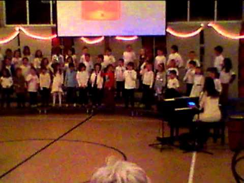 Chanukah O Chanukah Clip (Tehiyah Day School 1st & 2nd grades, 2013)