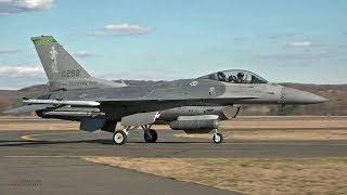 اثنين ''الجبل الأخضر الأولاد'' F-16 الصقور