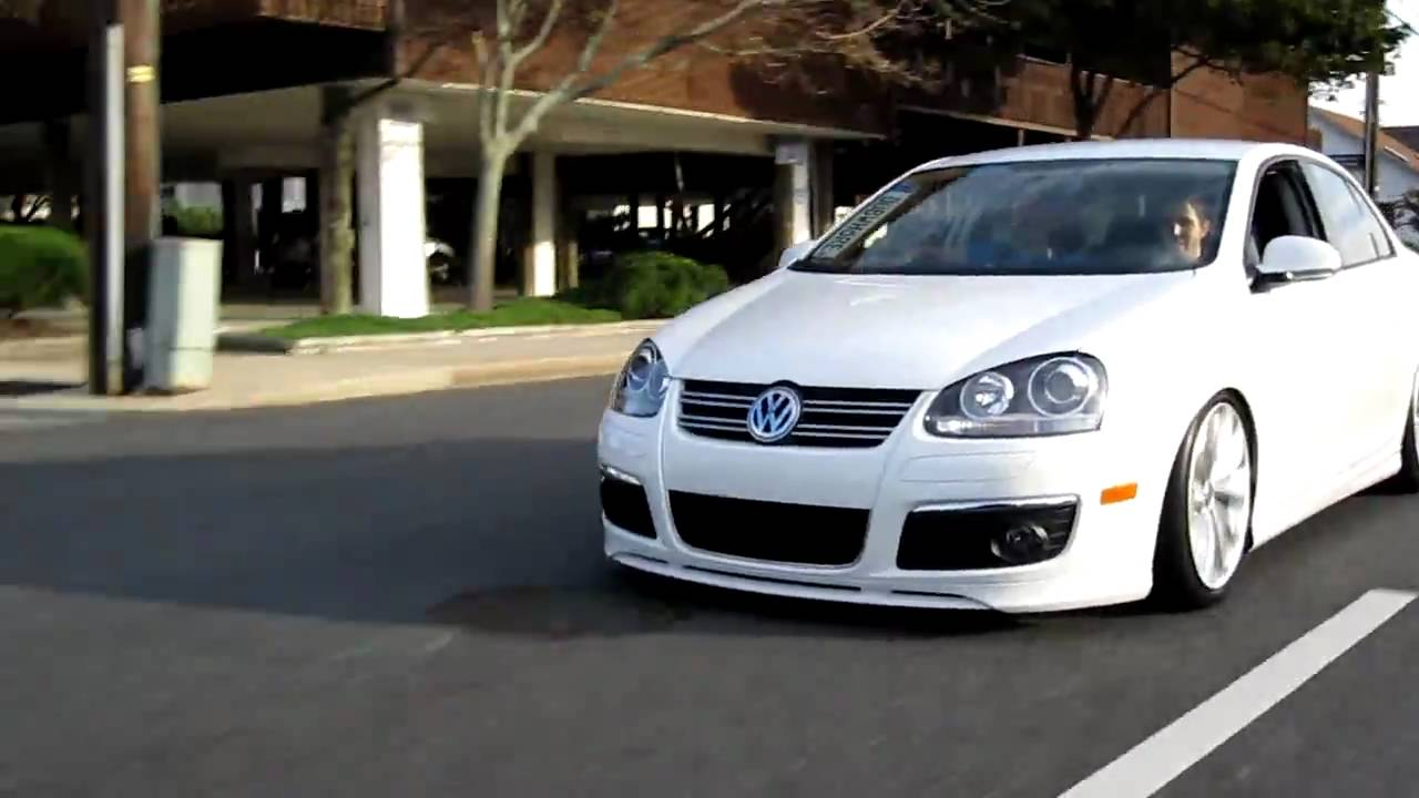 Sergio Jetta MKv Rolling at H2O Izzle - YouTube