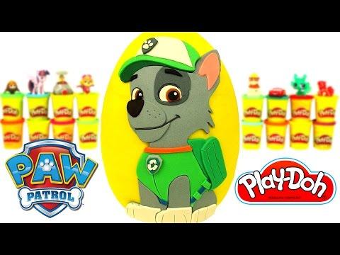 Huevo Sorpresa Gigante de Rocky de Paw Patrol en Español de Plastilina Play Doh