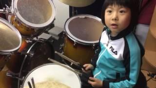 """北海道石狩市在住、小1ドラマー""""よよか""""のドラム講座 パラディドル編 ..."""