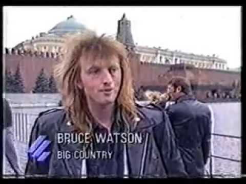 Big Country - Bruce Watson telling it like it is. Moscow, 1988.