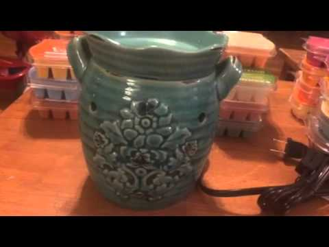 Scentsy Rustic Bloom Warmer