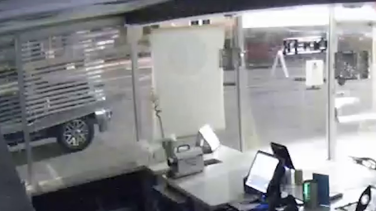 Hit and Run 3757 Roswell Rd on 5/13/2019