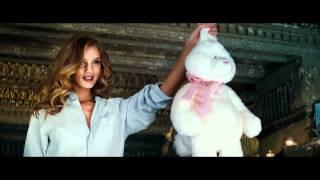 Rosie Huntington opening scene Transformers 3 [1080p]