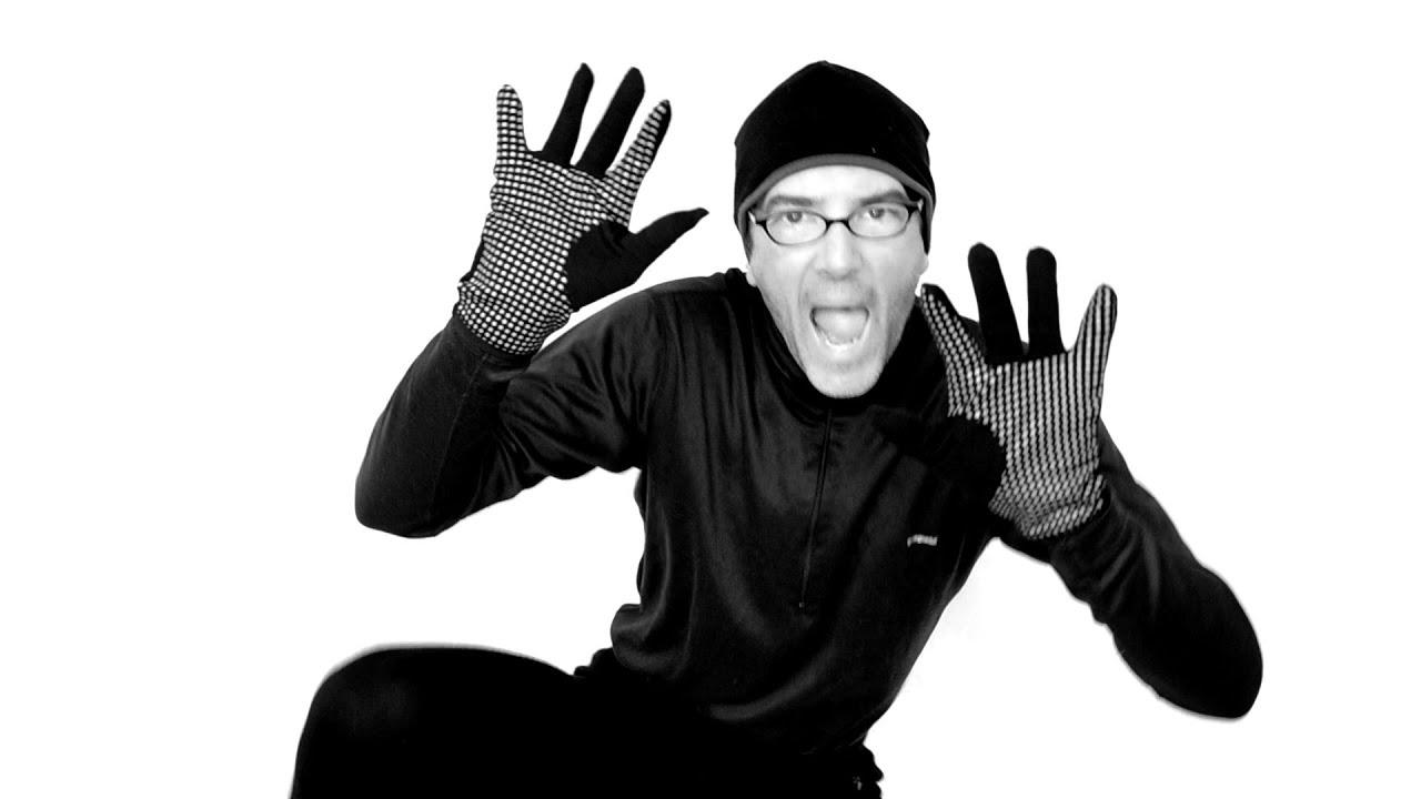 daf31e47c0 Icebreaker Quantum Glove Review - YouTube