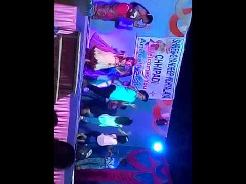 Sorry Di Di ab hum nahi karenge shor.. cute dance by little students.. it awesome.