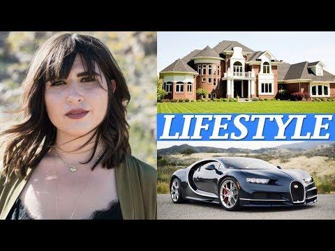 Emily Warren Lifestyle, Songs, Net Worth, Boyfriends, Husband, Age, Biography, Family, Facts, Wiki !