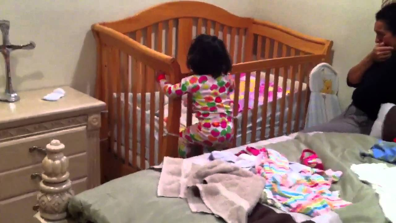 Baby bed for 2 year old - 1 1 2 Year Old Climbing Out Of Her Crib