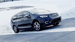 2021 Chrysler Pacifica AWD – This is not a SUV – The Best Premium Minivan?