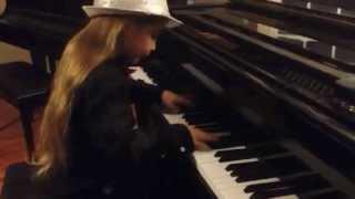 7 year old Elias playing Mozart - Turkish March - Rondo Alla Turca, Sonata in A Major K331, 3rd mvt.