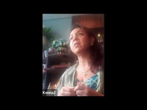 Mantra Gayatri - Annah Kennaz